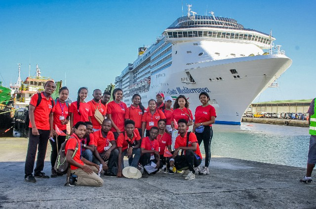 DIAHNAY TOURS-EQUIPE (2)